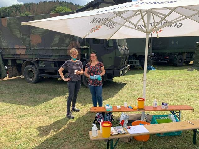 Das Team der Hausarztpraxis Friesdorf beim Kriseneinsatz in Kirchsahr