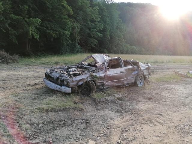 Zerstörtes Auto in Kirchsahr